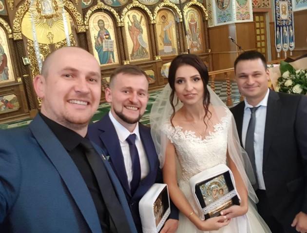 Де і з ким святкував весілля один із найзавиднішіх холостяків з Волині. ФОТО