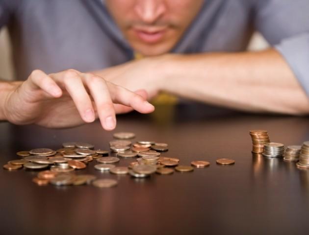 На зарплати волинянам у бюджеті не вистачає близько 200 мільйонів гривень. ВІДЕО