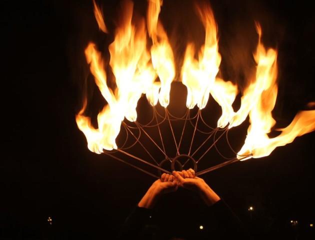День молоді в Луцьку завершили вогняним шоу. ВІДЕО