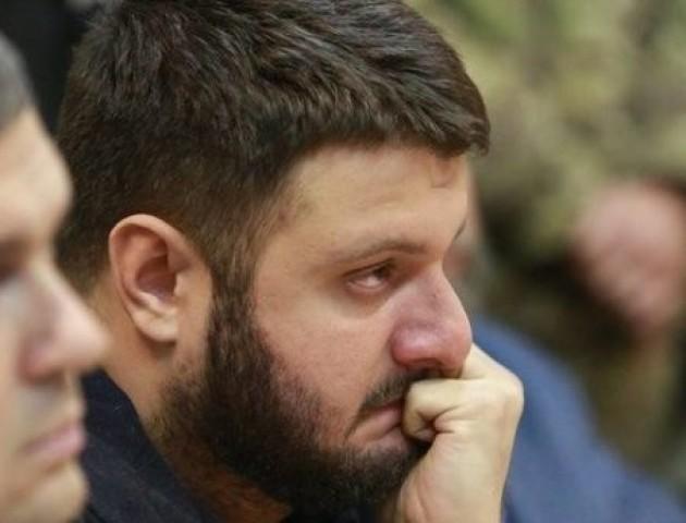 Справа рюкзаків: суд зняв арешт з двох квартир Авакова-молодшого