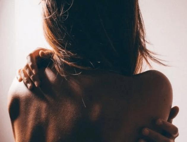 Проста вправа, яка збереже здоров'я хребта на роки