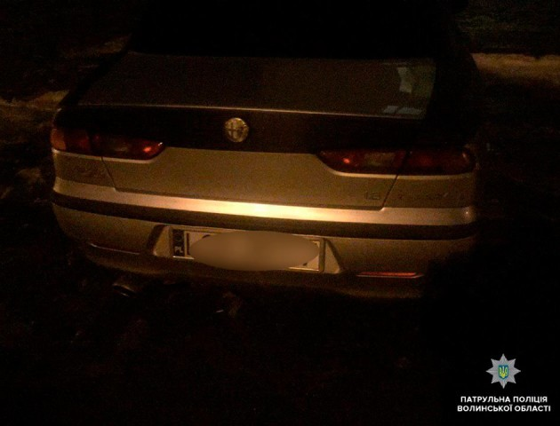 У Луцьку п'яний водій врізався в чуже авто і хотів втекти