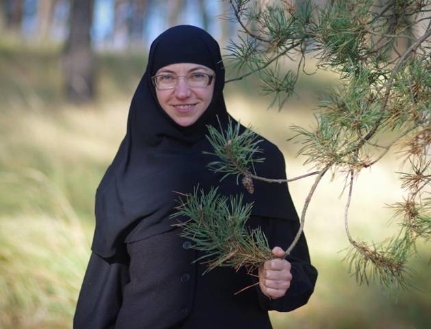 Луцькі монахині знялися у фотосесії