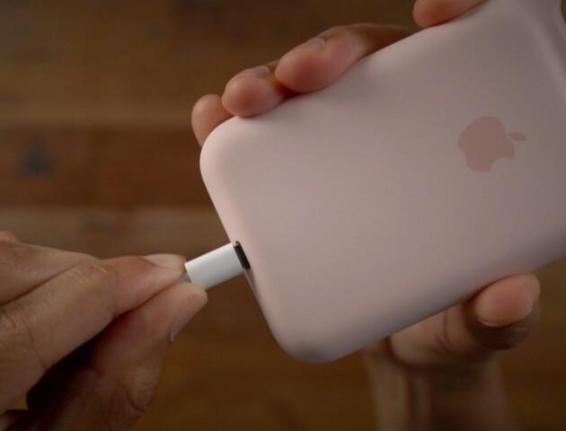 Apple робитиме смартфони без роз'єму для зарядки та передачі даних