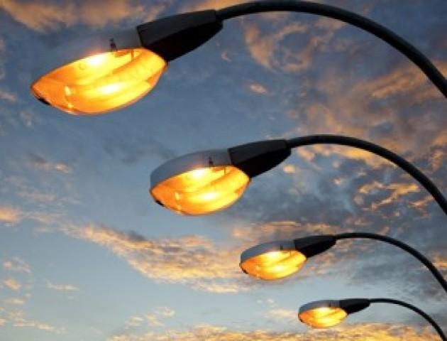 На яких вулицях Луцька цьогоріч ремонтуватимуть освітлення