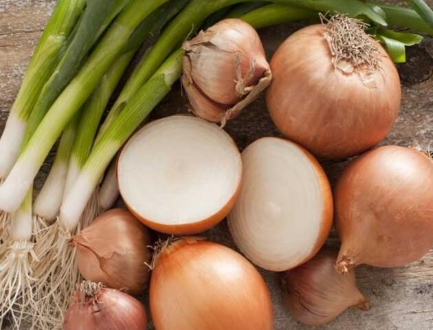 Чому в Україні кілограм цибулі коштує більше 30 гривень