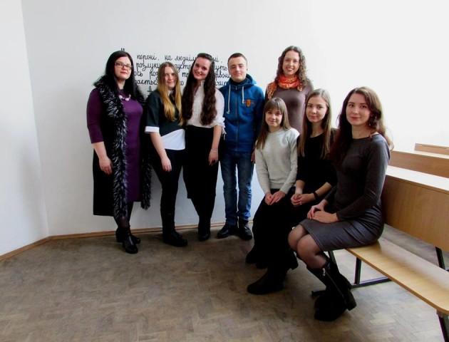 В Луцьку відбулася презентація студентського проекту «#ЧИТАЙ»