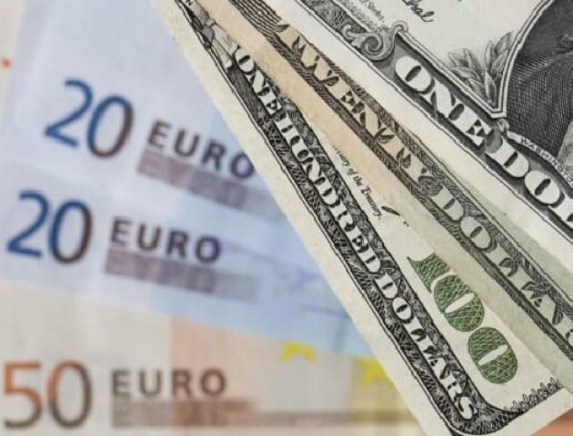 Курс валют на 4 липня: долар і євро почали дорожчати