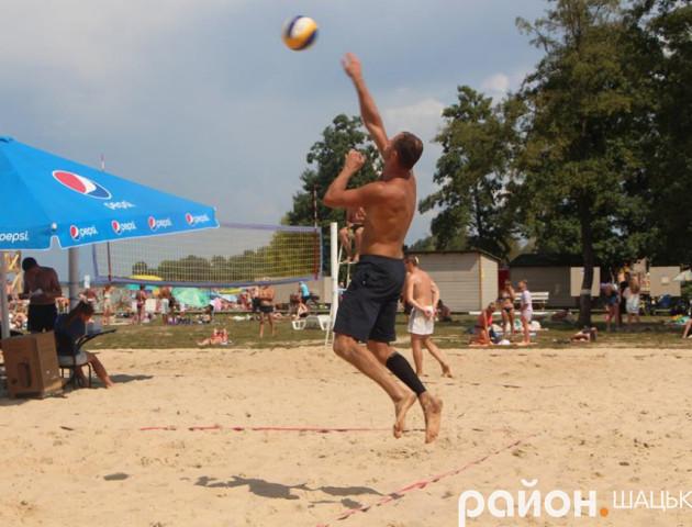 На Світязі – турнір із пляжного волейболу. ФОТО. ВІДЕО