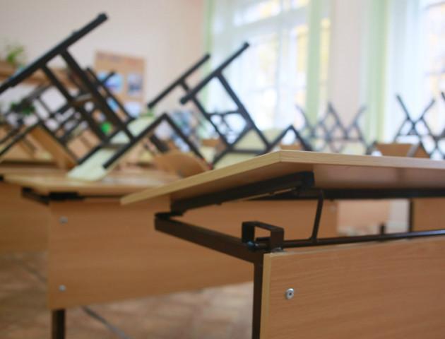 У Луцьку за 3,5 мільйона куплять меблі для шкіл