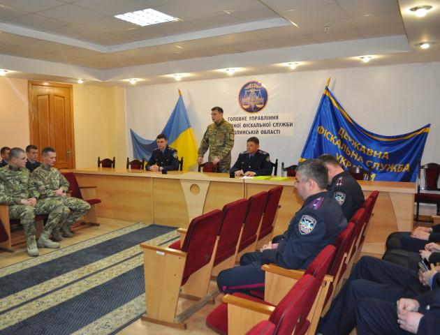 Двоє офіцерів податкової міліції Волині повернулися після успішної служби в спецпідрозділі «Фантом»