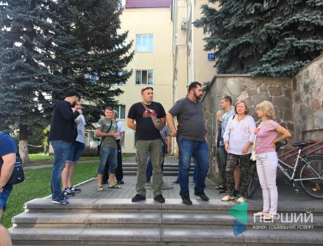 «Це, як мінімум, не порядно», - страйкарі про добудову 27 школи у Луцьку