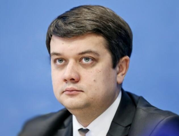 Партію Зеленського очолив його радник. Кандидатів обіцяють показати через 1,5 тижня