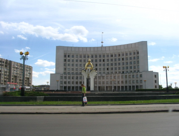 Екс-посадовицю Волинської ОДА підозрюють у розтраті державного майна
