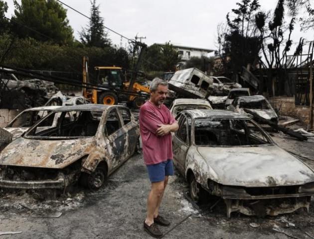 Львівський депутат висловив співчуття родинам, чиї близькі загинули в пожежах Греції. ФОТО