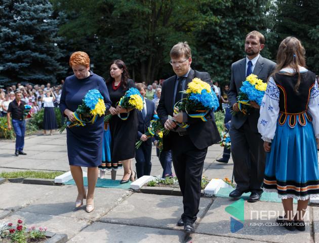 Віце-прем'єр-міністр вшанував жертв Волинської трагедії. ФОТО