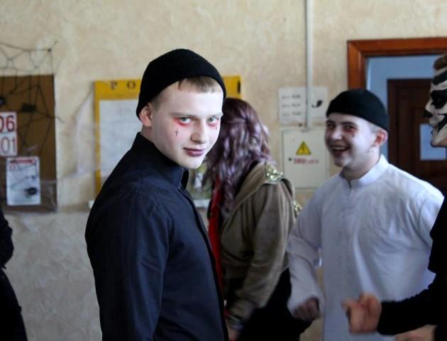 Студенти Луцького НТУ влаштували «страшенний» флеш-моб. ФОТО