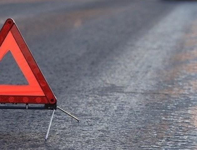 ДТП на Волині: автобус збив чоловіка, його просять впізнати. Фото 18+
