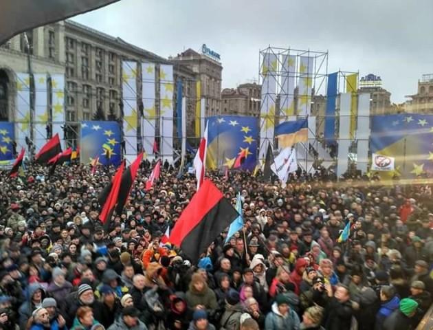 У Києві марш за імпічмент набирає все більших обертів