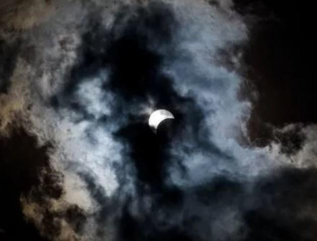 Чи варто боятися серпневого сонячного затемнення?