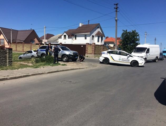 Аварія біля Луцька: зіткнулися два авто поліції