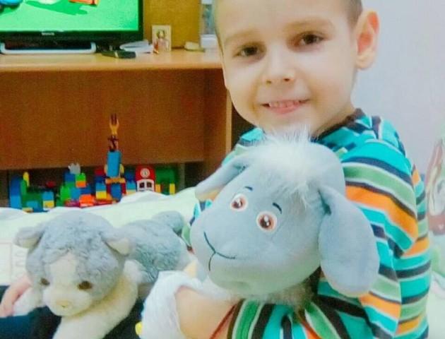 5-річний волинян потребує допомоги у боротьбі з важкою хворобою