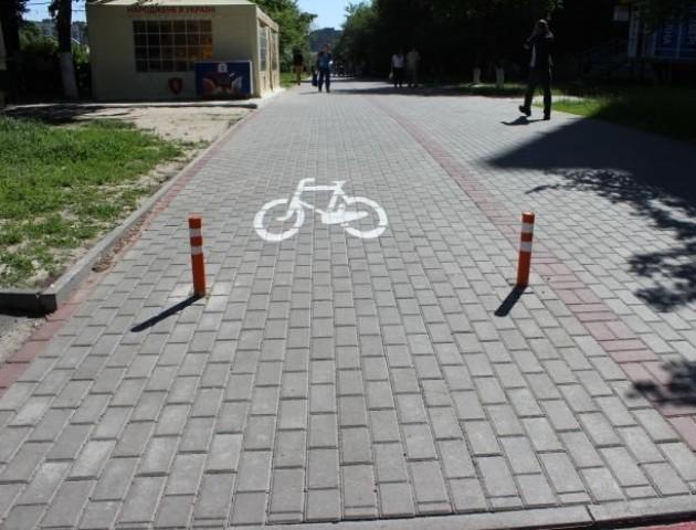 У Луцьку на кожній вулиці будуть велодоріжки. ВІДЕО