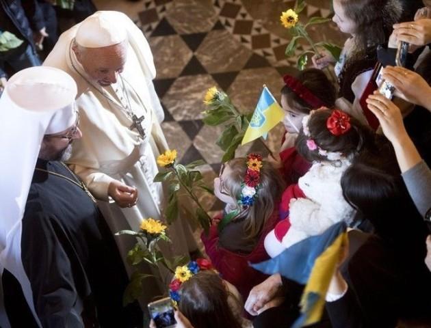 Папа Римський заявив, що починає і закінчує день по-українськи