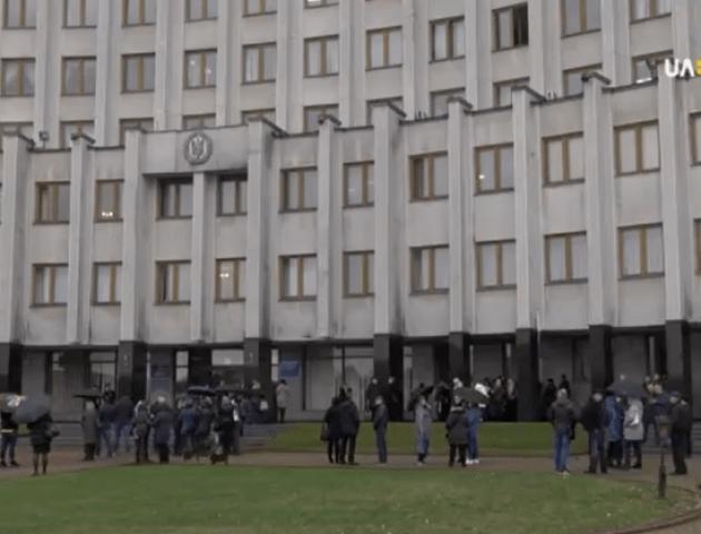 Волинські підприємці звернулися до Зеленського через касові апарати