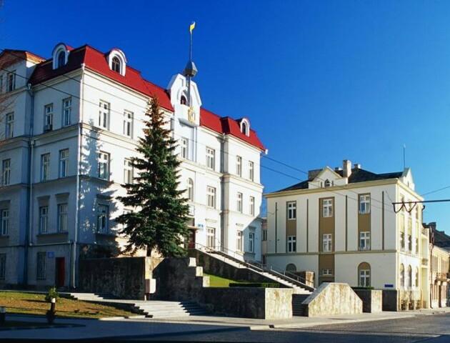 У Луцькраді більше не хочуть давати інформацію про премії посадовців