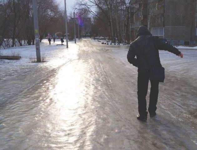 Скільки володимирчан травмувались на слизьких вулицях за останній тиждень