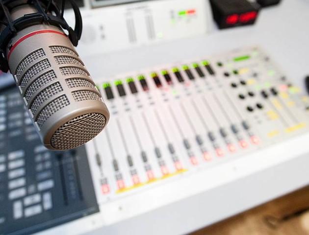 Луцька радіоведуча розкаже, як потрапити на радіо
