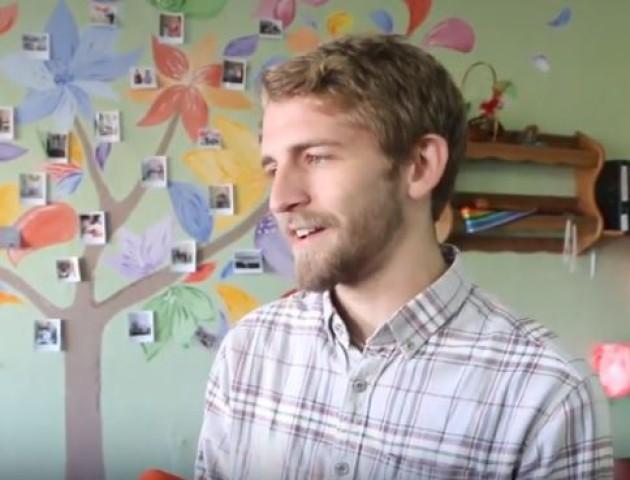 Юних волинян навчатиме англійської американець. ВІДЕО