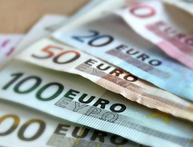 Курс валют на 30 серпня: долар подорожчав, натомість євро втрачає позиції