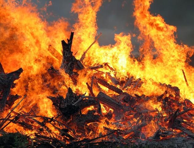 Троє хлопців обгоріли в погребі