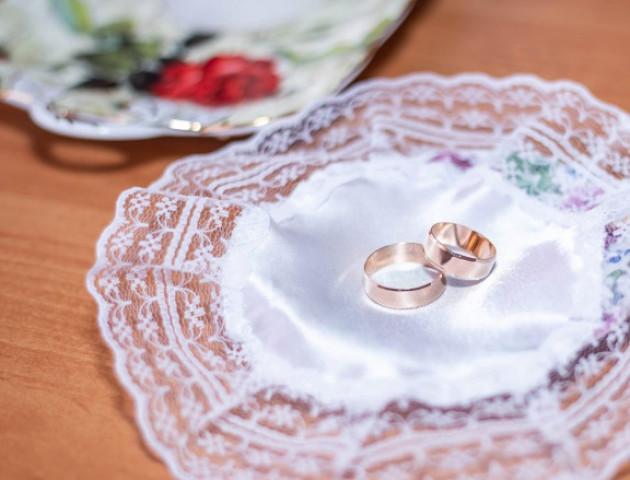 Журналістка волинського видання вийшла заміж. ФОТО