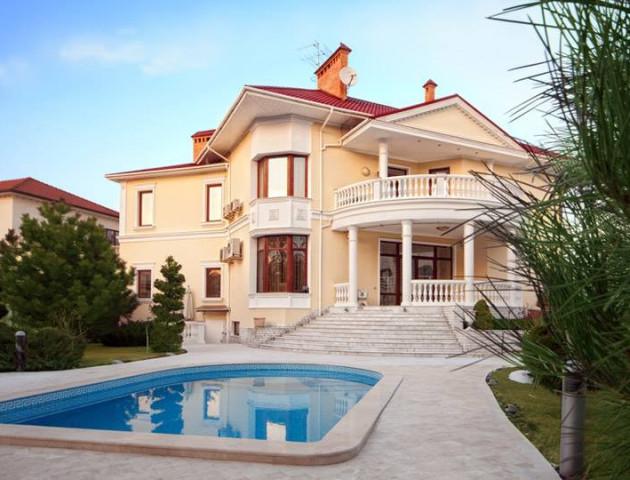 Міні-готель або розкішний маєток: у Дачному продається будинок площею 450 м²