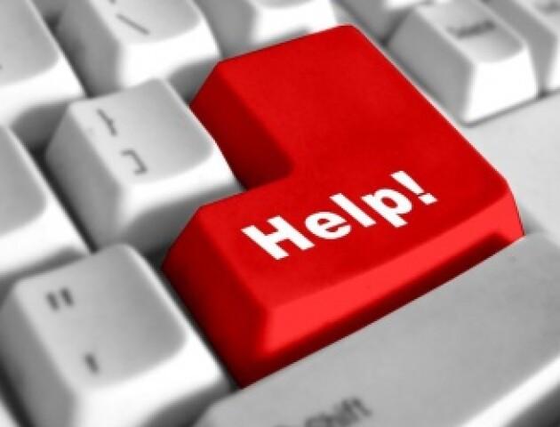 Маленький хлопчик, який втратив рідних у жахливій ДТП під Луцьком, потребує допомоги