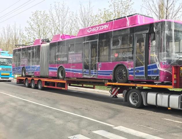 Луцькі тролейбуси «Богдан» - уже в Кременчуці. ФОТО. ВІДЕО