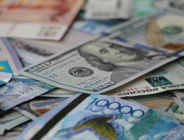 Курс валют на 28 березня: євро падає у ціні