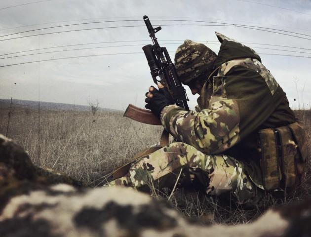 «Беркутівець» і учасник Євромайдану стали кумами. Зворушлива історія від луцького волонтера