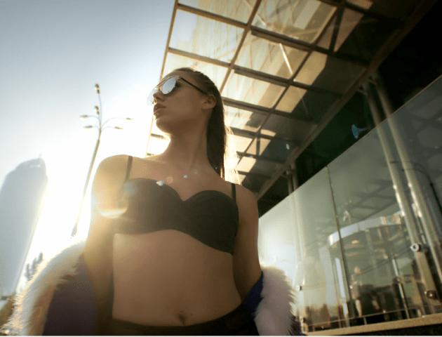 У кліпі Положинського знялася найсексуальніша модель України. ВІДЕО