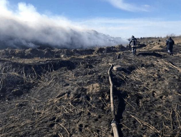 На Львівщині масштабна пожежа на сміттєзвалищі