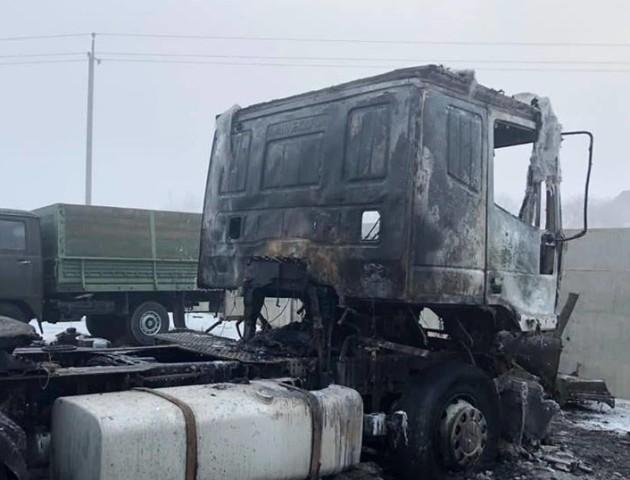 Чоловікам, які спалили машини Семенюка, загрожує до 10 років позбавлення волі