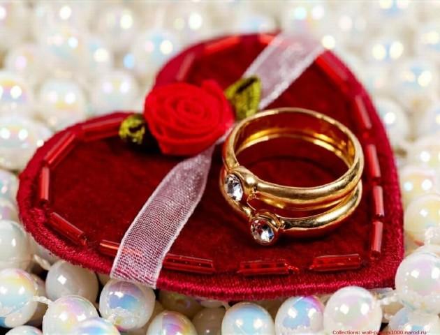 На День святого Валентина волинські ДРАЦСи працюватимуть до 12 ночі