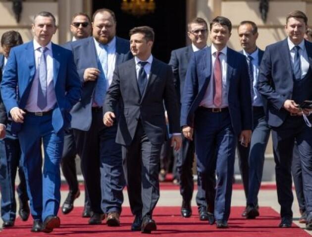 Партія Зеленського може сама сформувати більшість у парламенті