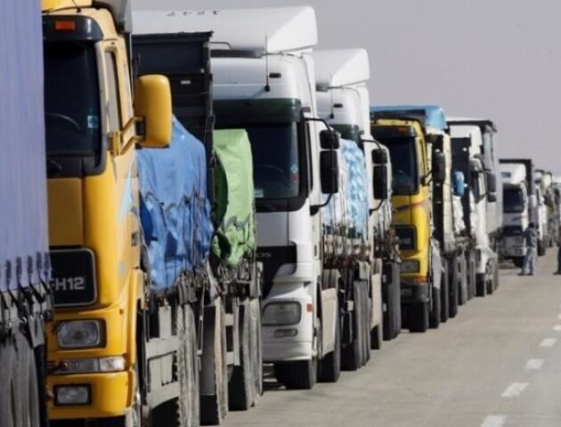 На «Ягодині» у черзі перебувають понад 200 вантажівок