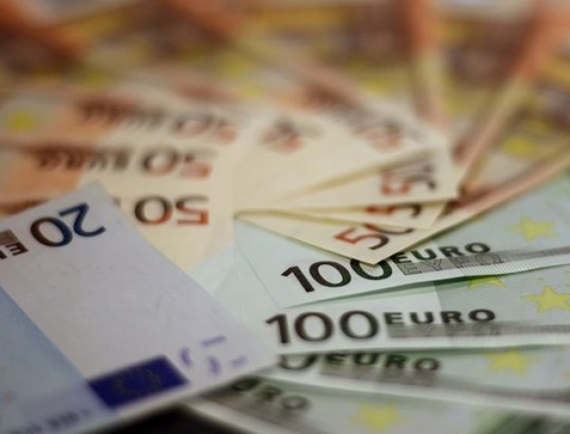 Курс валют на 6 червня: євро значно подешевшав, долар додав у ціні