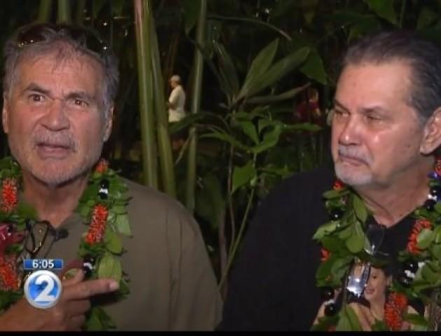 Двоє чоловіків дружили все життя і тільки через 60 років дізналися, що вони брати. ВІДЕО