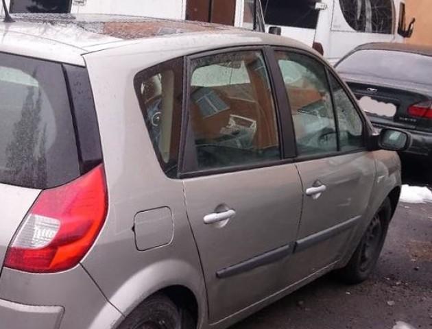 У селі під Луцьком виявили авто, яке розшукує Інтерпол. ФОТО